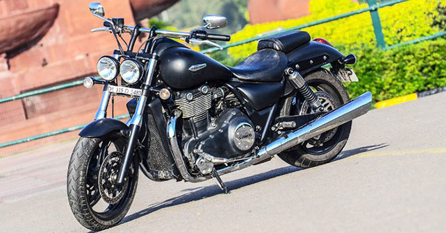 Triumph Thunderbird Storm Photo Gallery