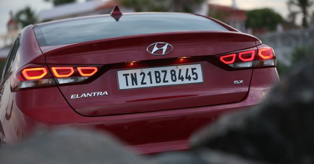 Hyundai Elantra Vs Skoda Octavia Vs Toyota Corolla Altis
