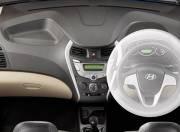 Hyundai Eon Interior Pictures airbags 094