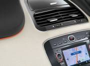 Fiat Punto EVO interior photo infotainment stytem 057