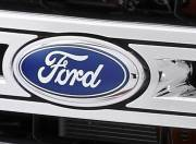 Ford Endeavour Exterior Photo front grill logo 098