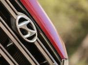 Hyundai Tucson exterior logo