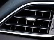Jaguar XE Interior photo front air vents 144