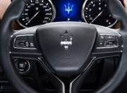Maserati Ghibli Interior photo 640x4800