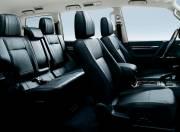 Mitsubishi Montero image interior slide 02