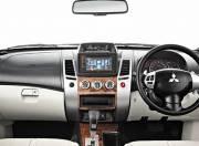 Mitsubishi Pajero Sport Interior photo dashboard 059