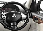 Mitsubishi Pajero Sport Interior photo steering wheel 054