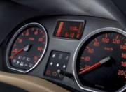 Nissan Terrano interior photo instrument cluster 062