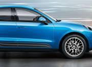 Porsche Macan exterior photo side view right 038