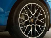 Porsche Macan exterior photo wheel 042