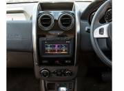 Renault Duster Interior Photo center console 055