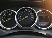 Renault Duster Interior Photo instrument cluster 062