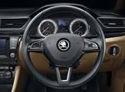 Skoda Superb Interior photo steering wheel 054