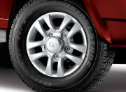 Tata Sumo Gold image wheel 042