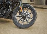Harley Davidson Iron 883 Photo5