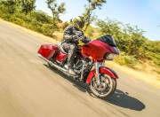 Harley Davidson Road Glide gal