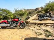 Indian Scout Sixty vs Triumph T100 gal2