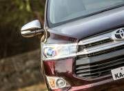 Toyota Innova Crysta front light gal