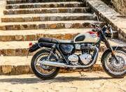 Triumph T100 side profile gal