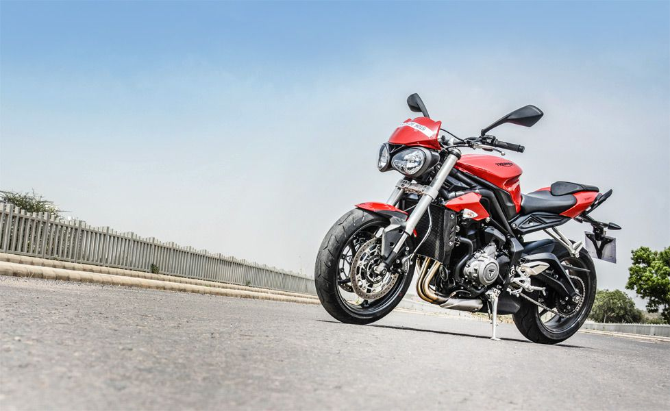 Triumph Street Triple S static gallery