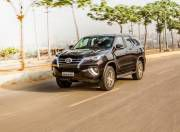 toyota fortuner front three quarter dynamic gal