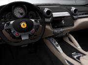 Ferrari GTC4 Lusso image 12