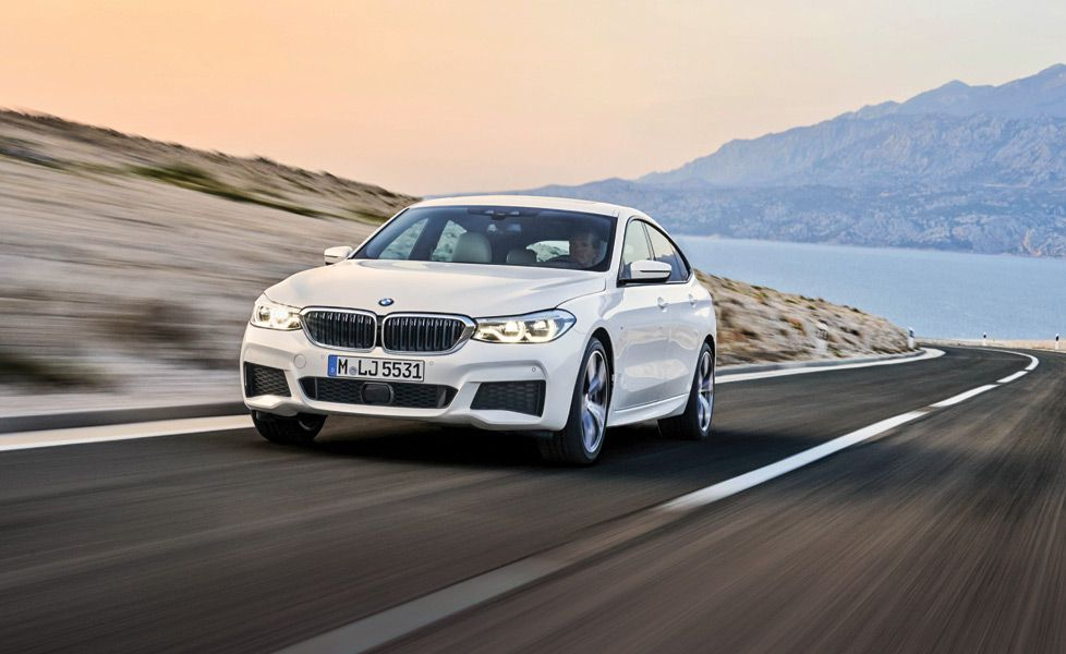 BMW 6 Series Gran Turismo 640i xDrive Front Three Quarter Motion