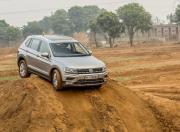 Volkswagen Tiguan action1 gal