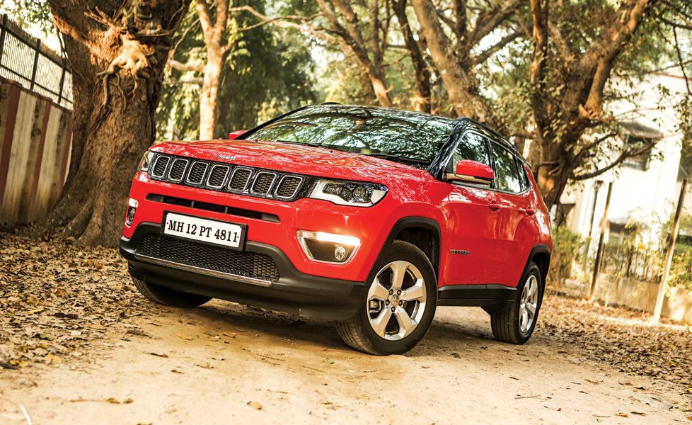 Jeep Compass AT front three quarter