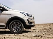 Ford FreeStyle image 15 inch alloy wheels