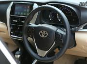 toyota yaris image steering wheel