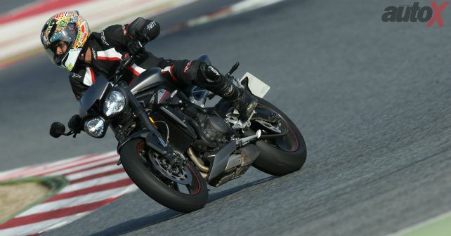 2017 Triumph Street Triple Rs In Action