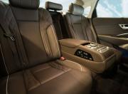 Kia K900 seats