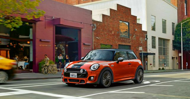 Mini Cooper Facelift Launched