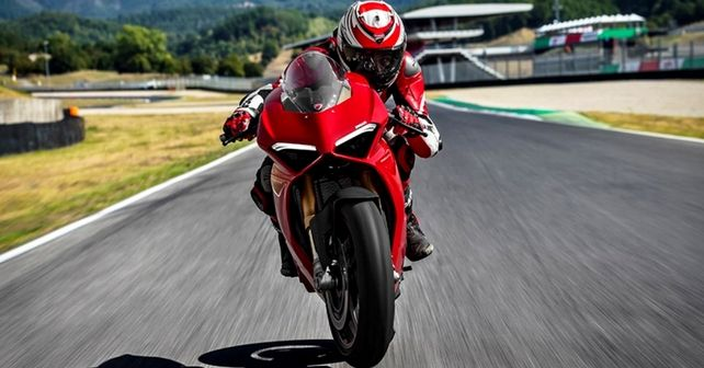 Panigale V4 Front