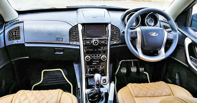 Mahindra XUV500 Manual Interior