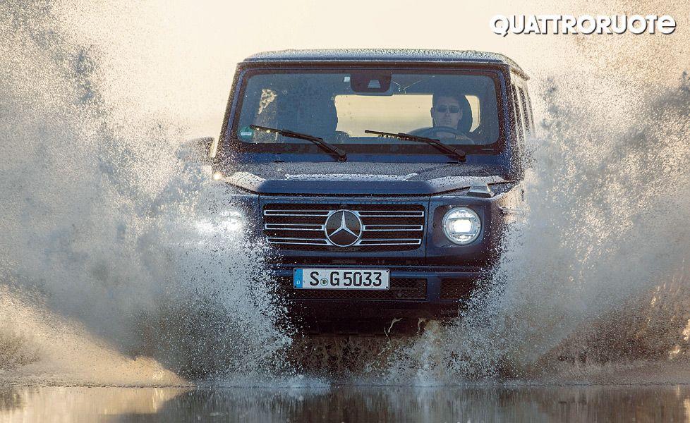Mercedes Benz G Class G 500 action1