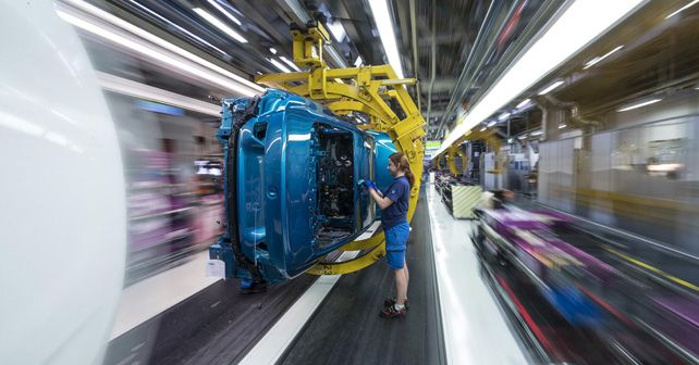 BMW Invest 1 Billion In Hungary Plant