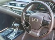 2018 Lexus ES 300h image interior
