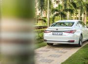 2018 Lexus ES 300h image rear