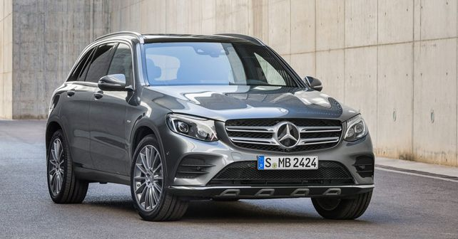 Mercedes Benz GLC front quarter