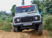 land rover defender offroad1
