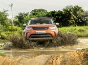 land rover discovery offroading