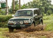 Toyota Land Cruiser J80 Offroad Action