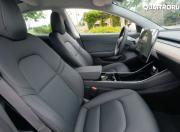2018 tesla model 3 front seats2