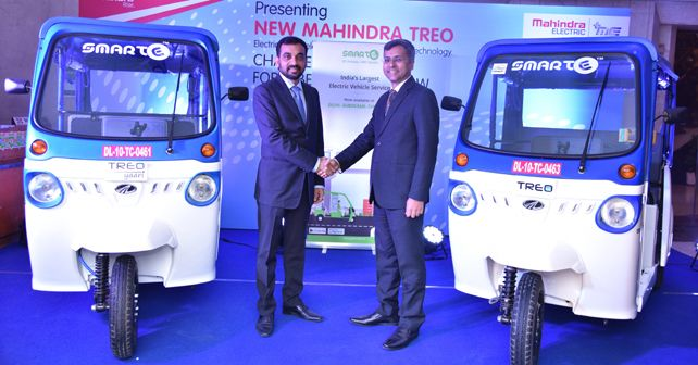Mr Mahesh Babu CEO Mahindra Electric And Mr Goldie Srivastava Co Founder And CEO SmartE