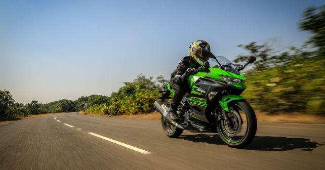Kawasaki Ninja 400 Review Ride Action Front M