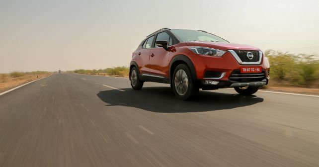 Nissan Kicks Front Tracking