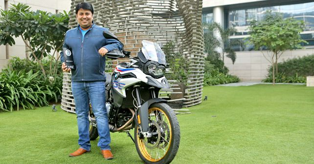Shivapada Ray Head Bmw Motorrad India Accepts The Autox Award1