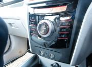mahindra xuv300 image sual zone climate control